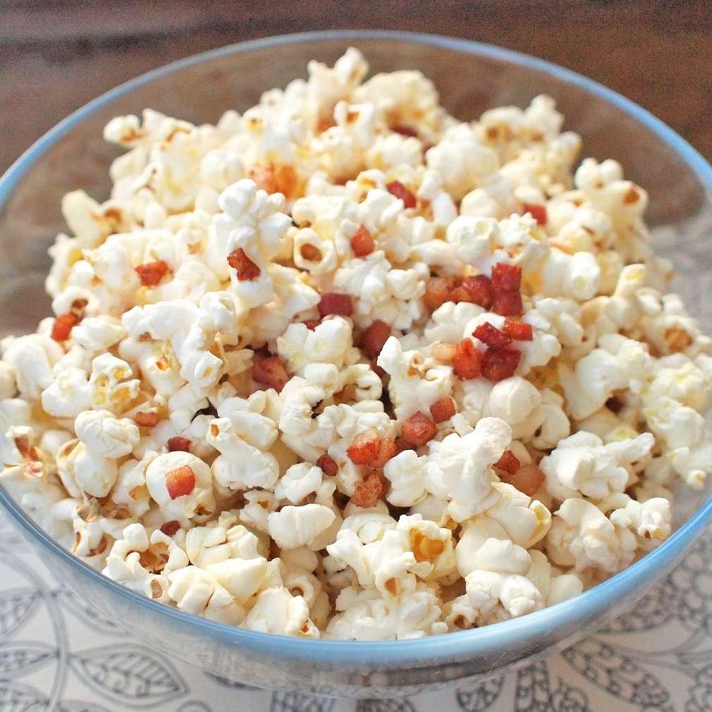 Zobrazit Domácí slaninový popcorn receptů