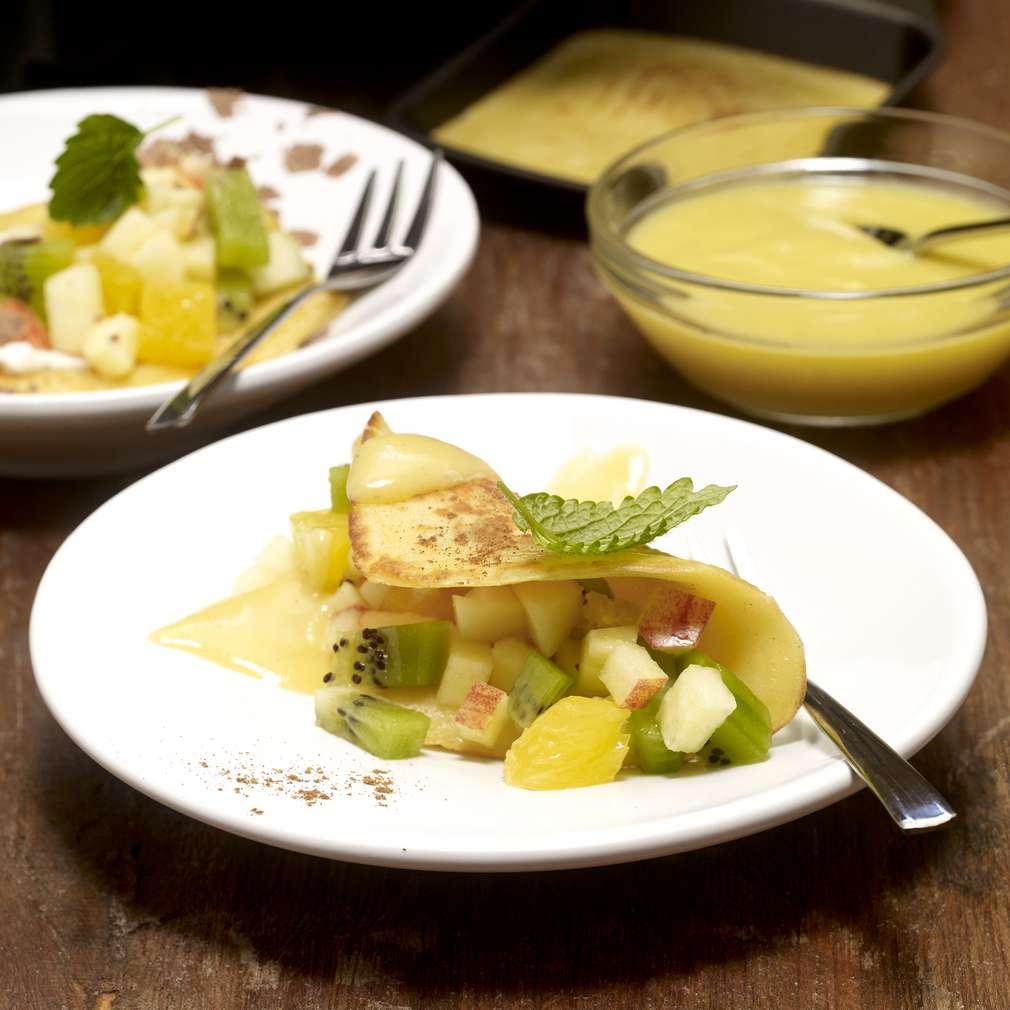 Zdjęcie przepisu Słodkie naleśniki a la raclette z sosem waniliowym