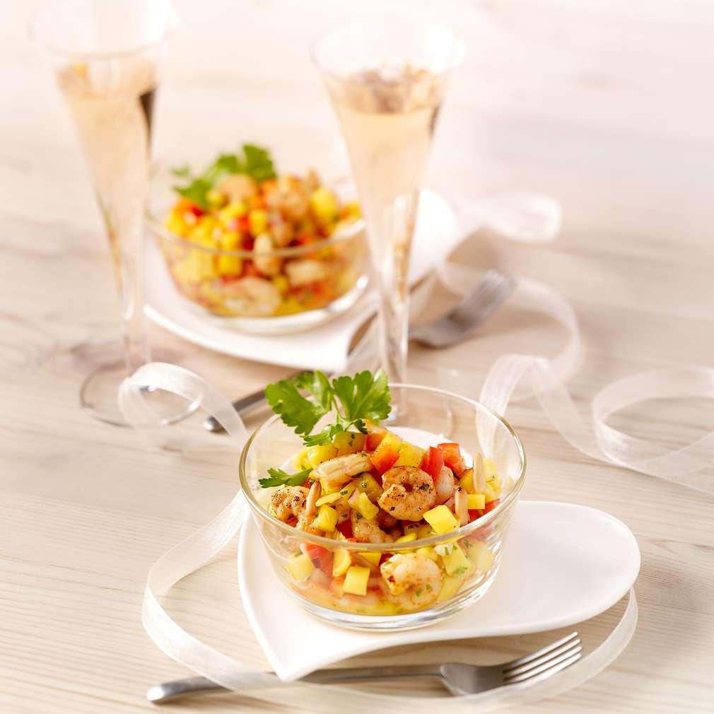 Imaginea rețetei Salată de mango cu creveți