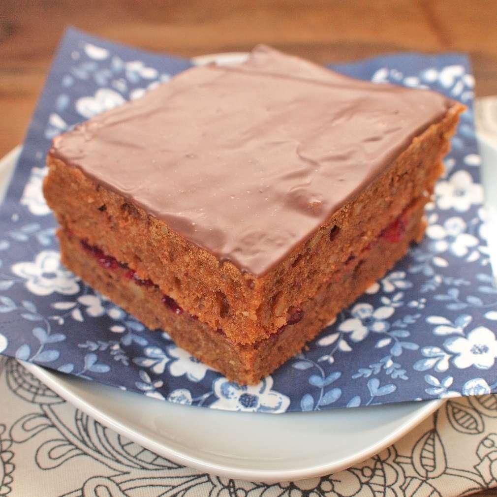 Zobrazit Ořechový perník s marmeládou receptů