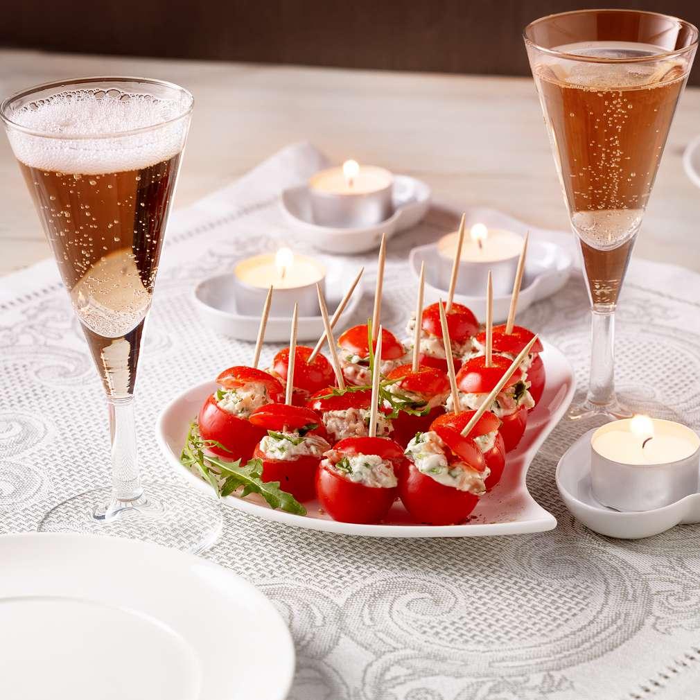 Zdjęcie przepisu Pomidorowa przekąska dla zakochanych