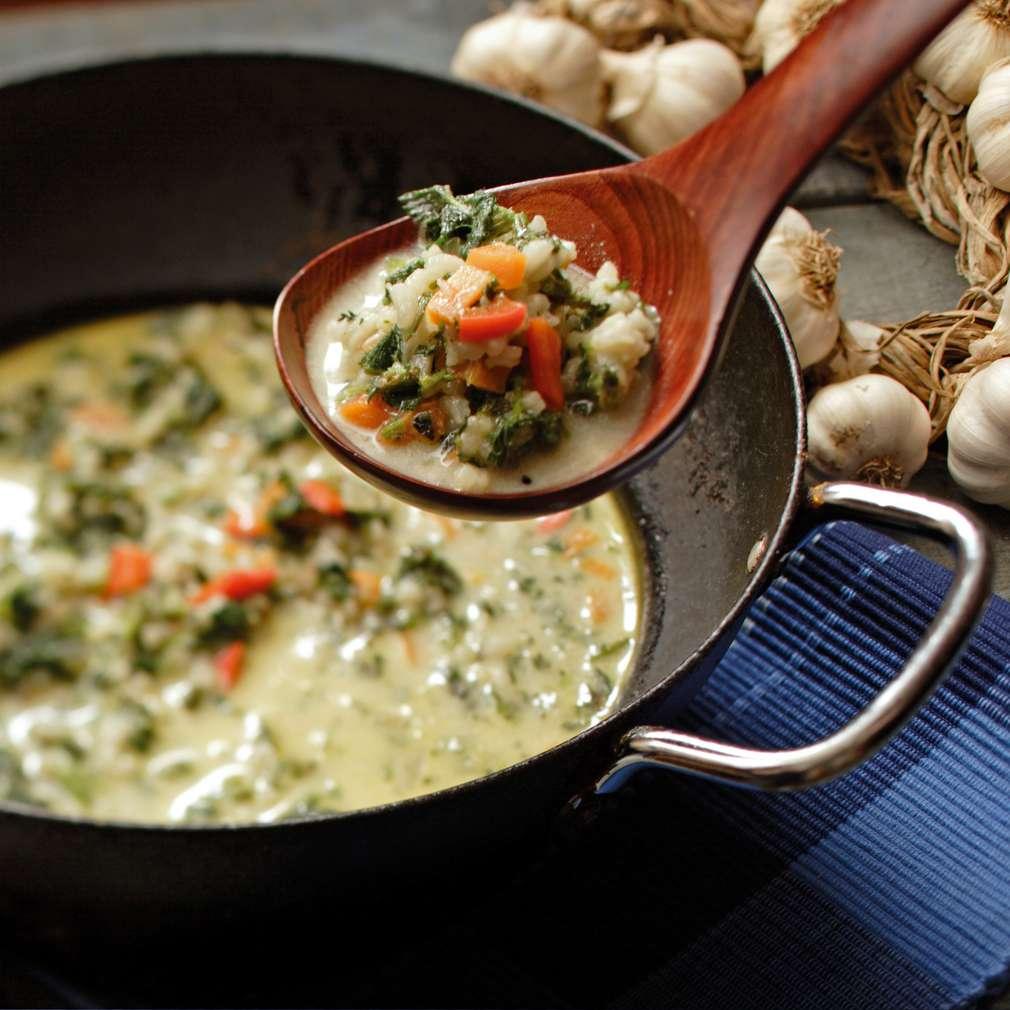 Изобразяване на рецептата Копривена супа