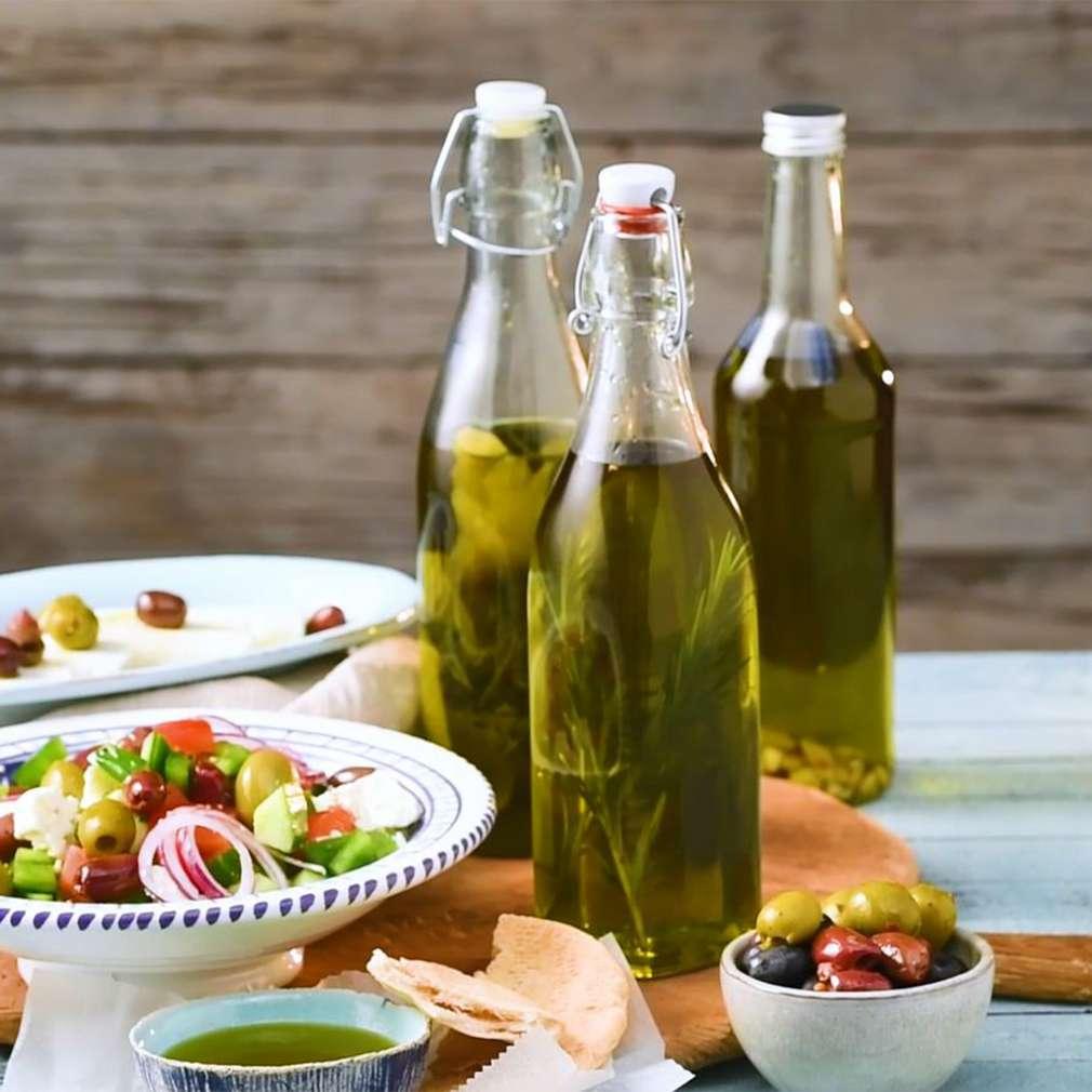 Imaginea rețetei Ulei de măsline aromatizat