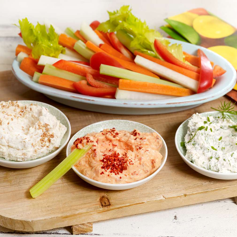 Imaginea rețetei Sosuri cu sticksuri de legume