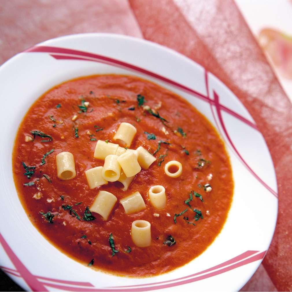 Изобразяване на рецептата Доматена супа с макарони