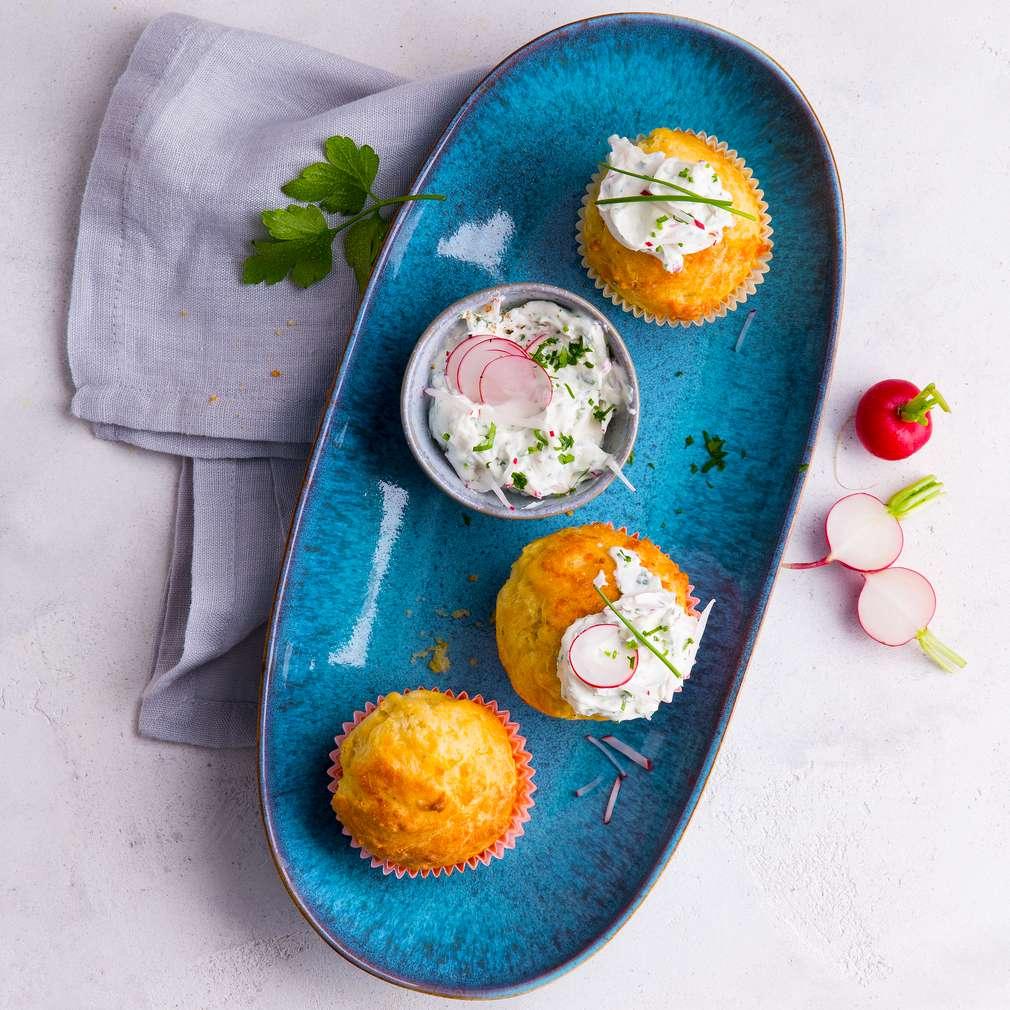 Zdjęcie przepisu Wiosenne muffinki serowe z twarożkiem