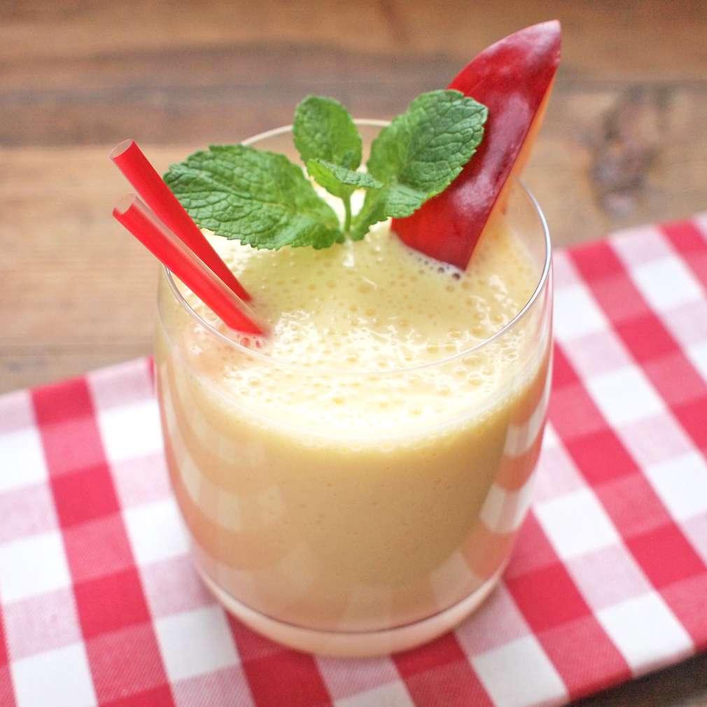 Zobrazit Broskvové smoothie s mrkví receptů