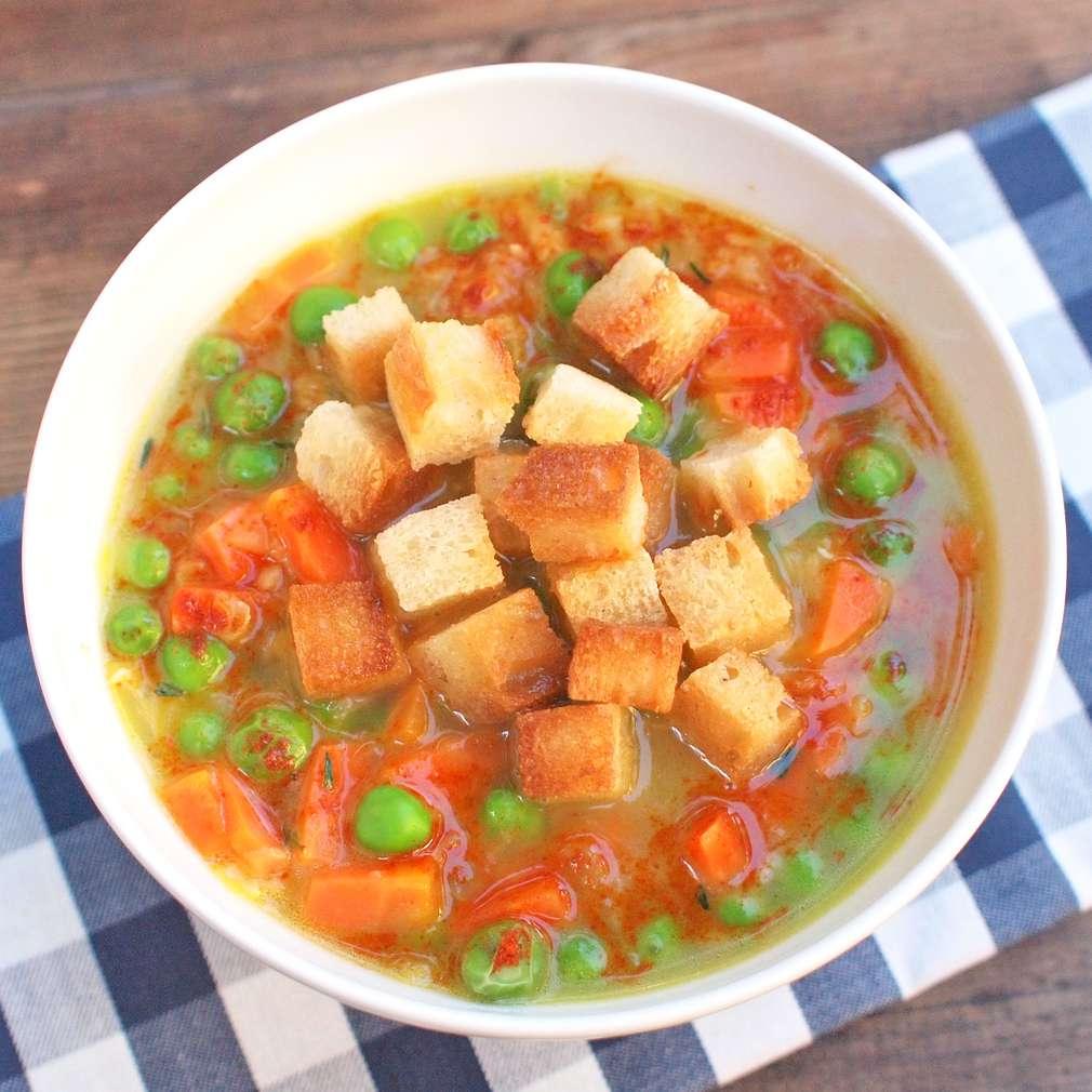 Zobrazit Čočková polévka s uzenou paprikou receptů