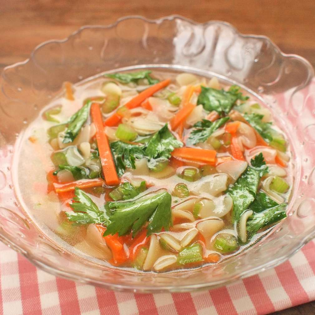 Zobrazit Hovězí polévka z oháňky receptů