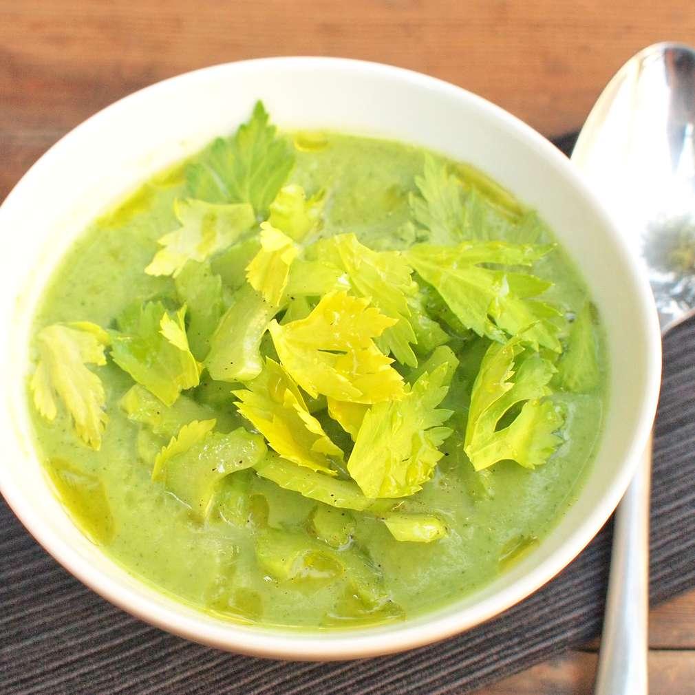 Zobrazit Brokolicový krém s celerem receptů