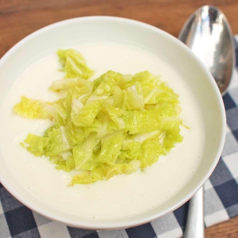 Zobrazit Květáková polévka s kapustou receptů