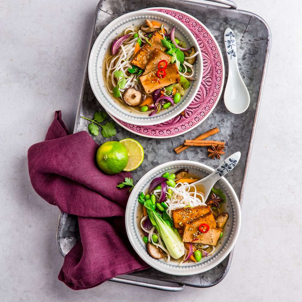 Abbildung des Rezepts Vegane Pho mit Spicy-Tofu