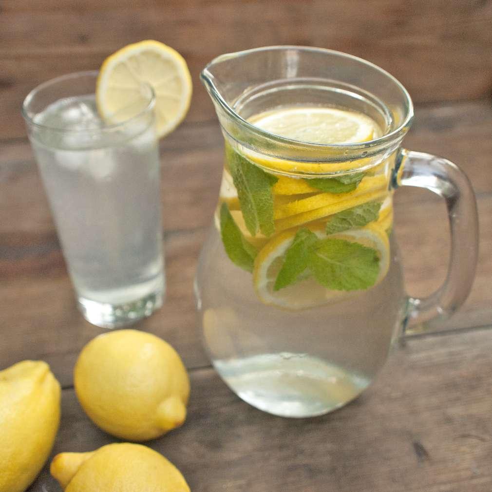 Zobrazit Domácí citronová limonáda receptů