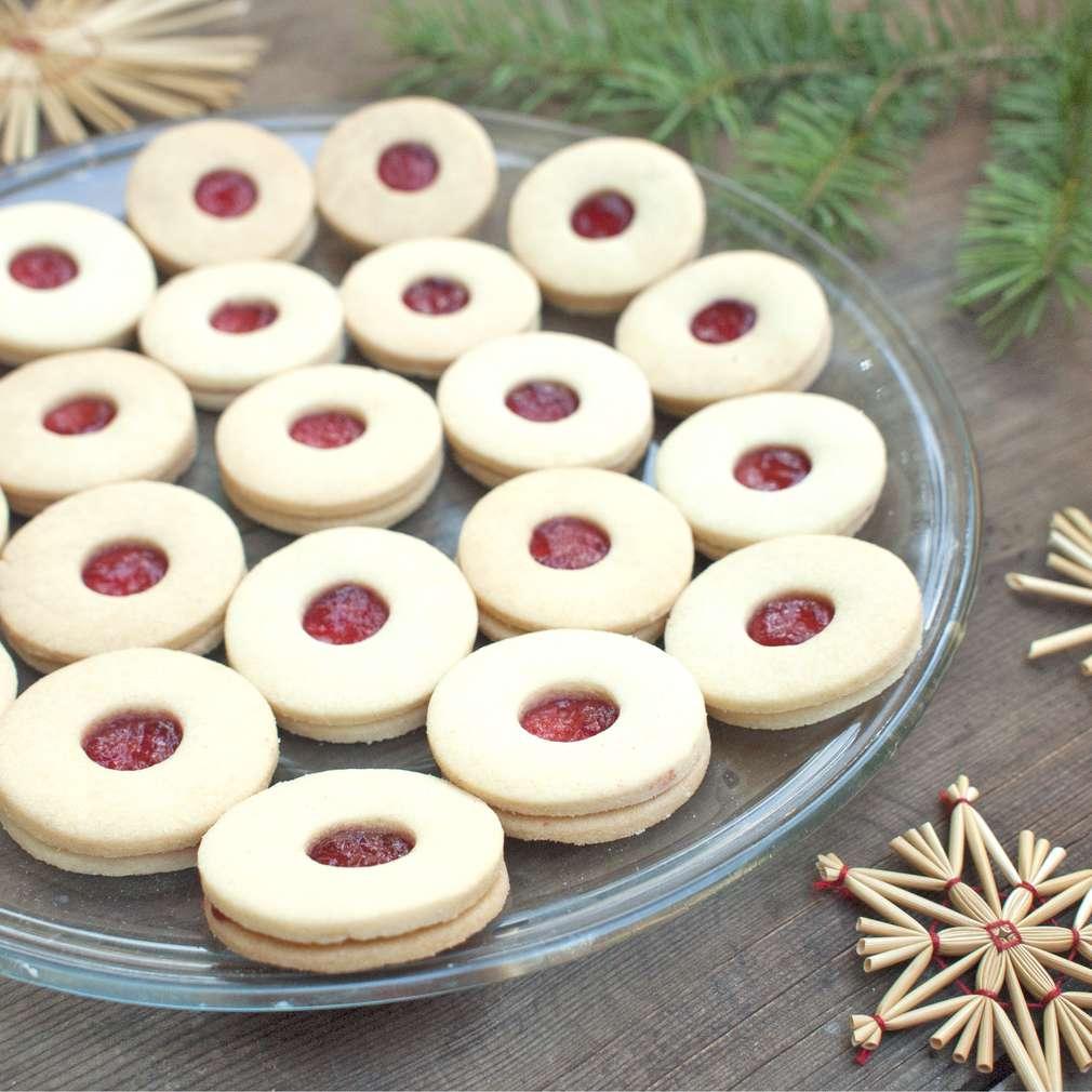 Zobrazit Linecká kolečka s marmeládou receptů