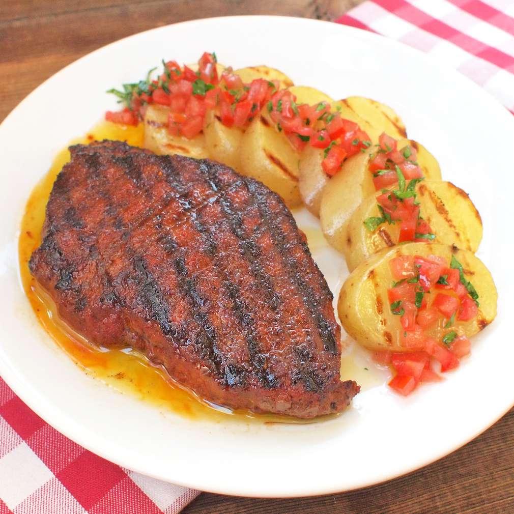 Zobrazit Hovězí steak v silné kořeněné krustě receptů