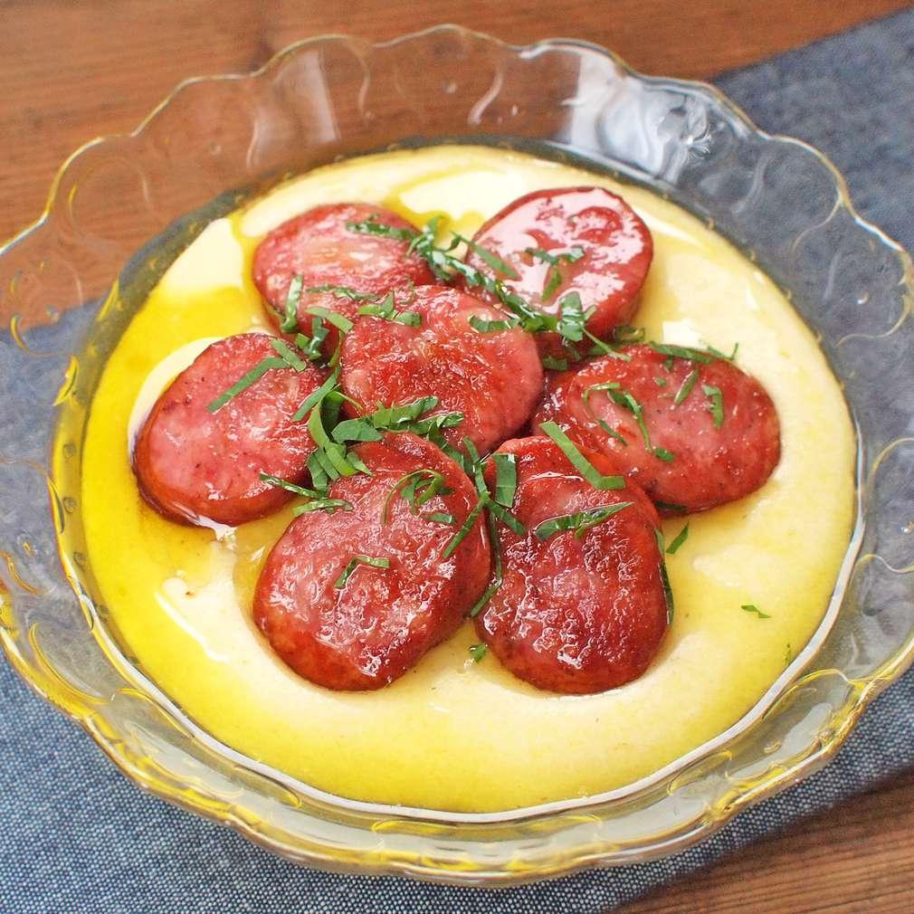 Zobrazit Krémová polenta s klobáskou receptů
