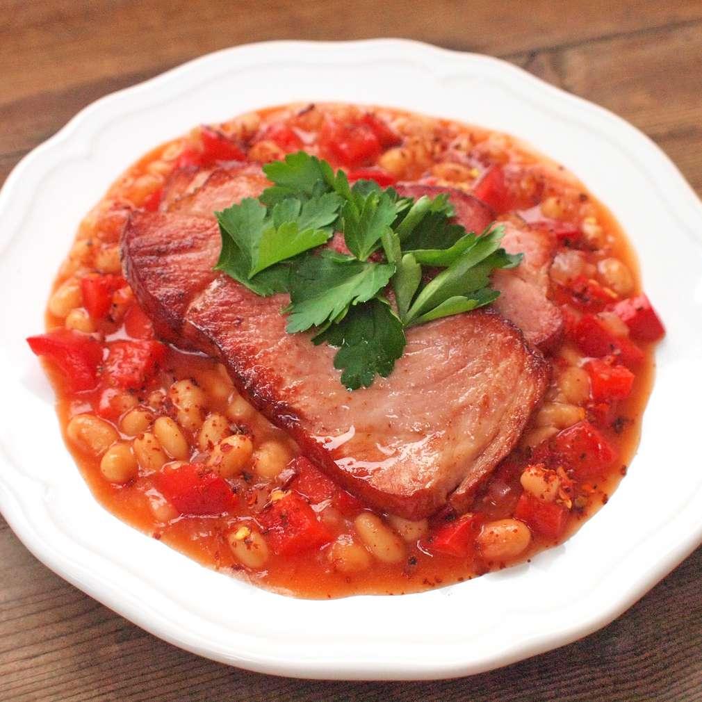 Zobrazit Uzené maso s fazolemi receptů