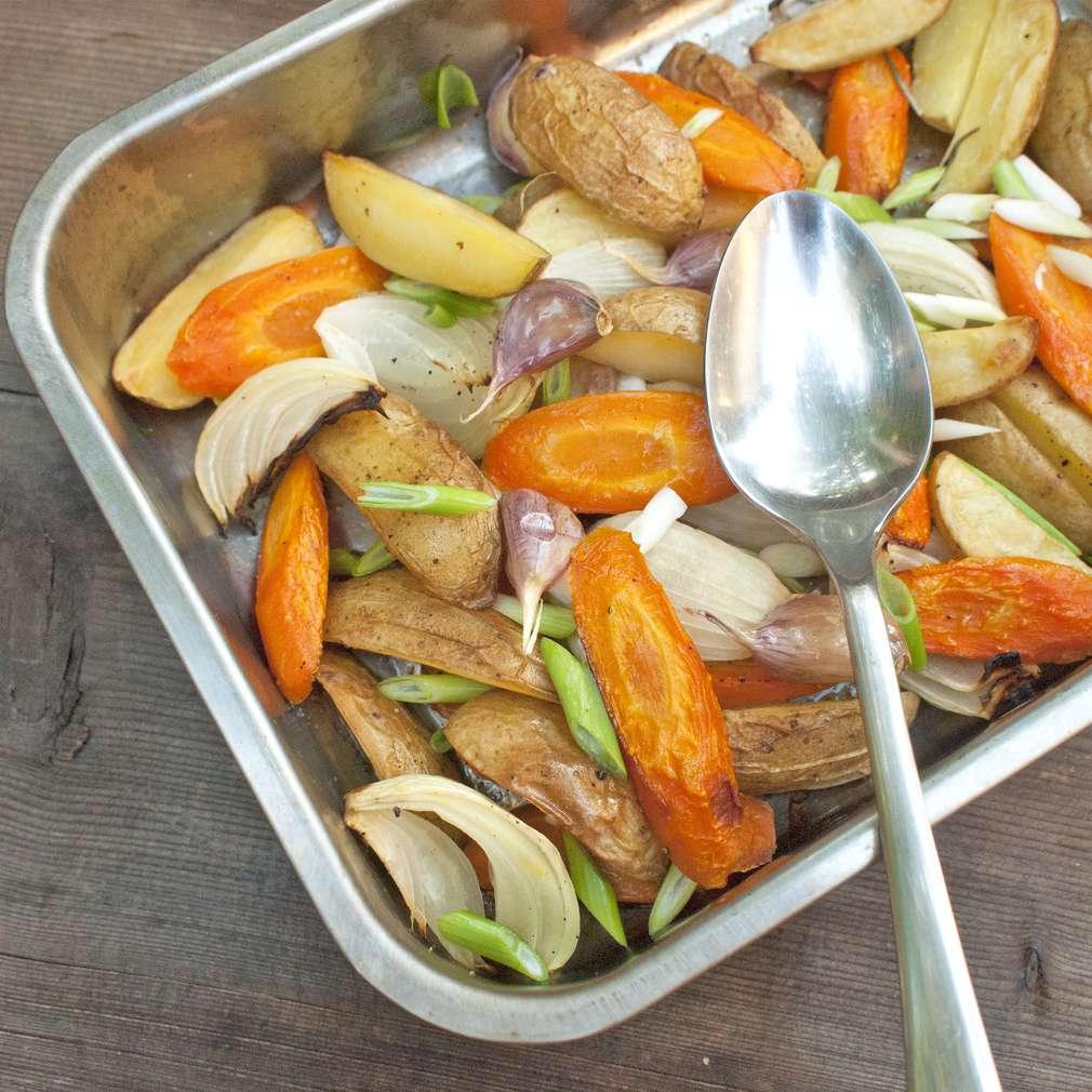Zobrazit Zimní pekáček s kořenovou zeleninou receptů