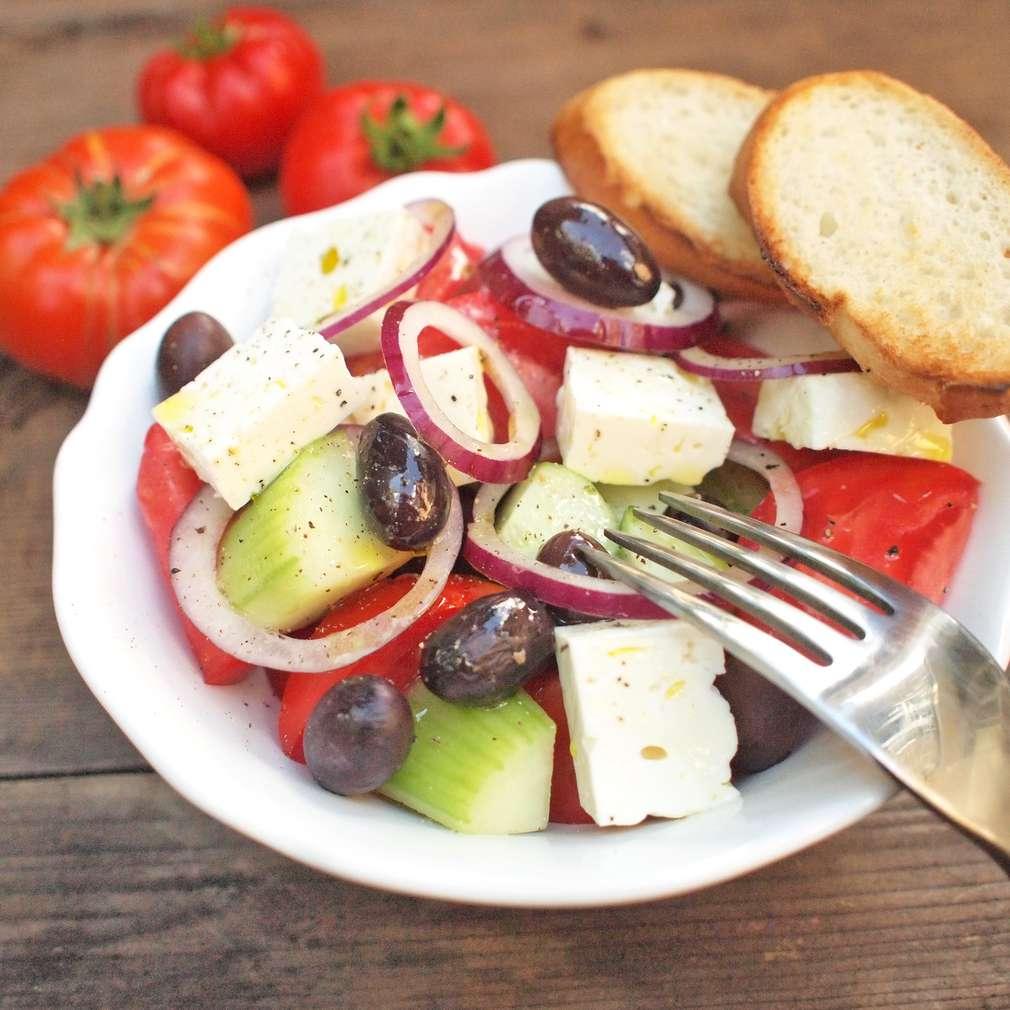Zobrazit Řecký salát s olivami receptů