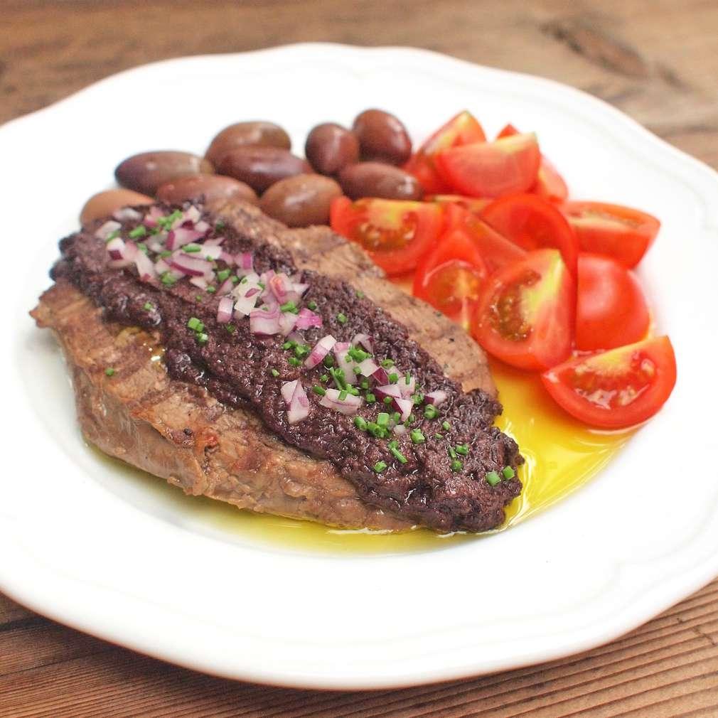 Zobrazit Hovězí steak s olivovou tapenádou receptů
