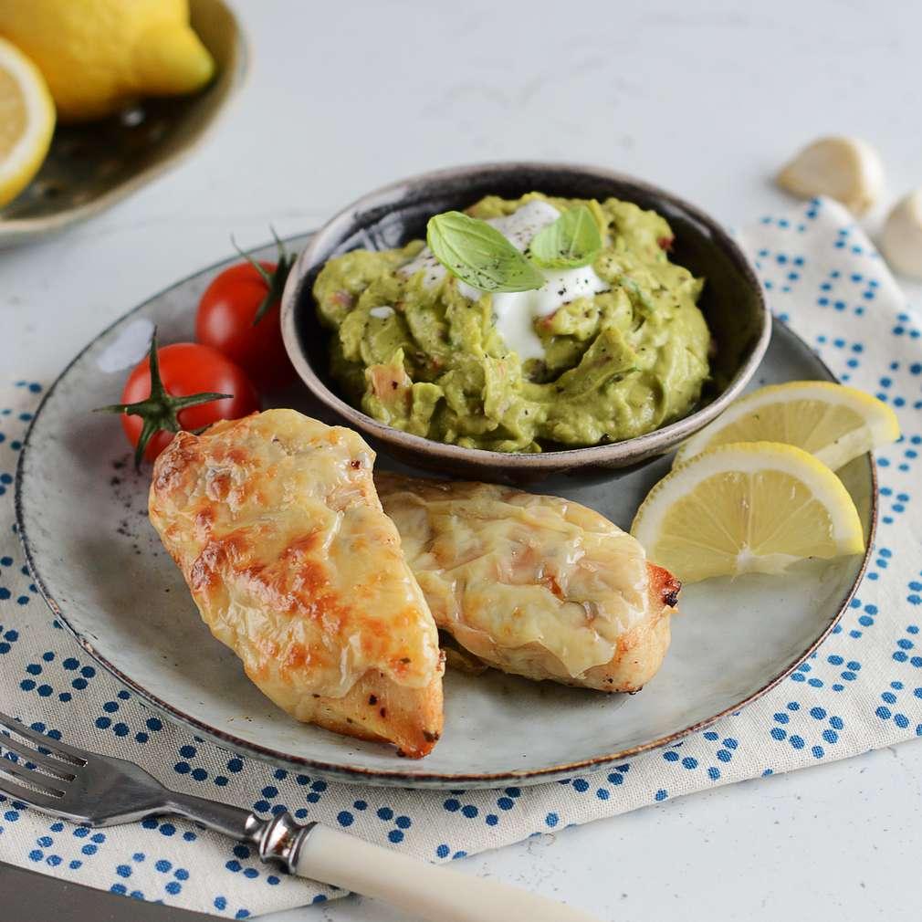 Zobrazenie receptu Grilované kuracie prsia s mozzarellou a guacamole