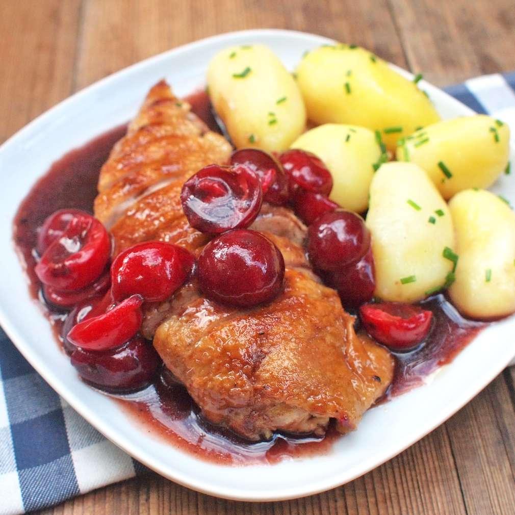 Zobrazit Grilovaná kachní prsa s višněmi receptů