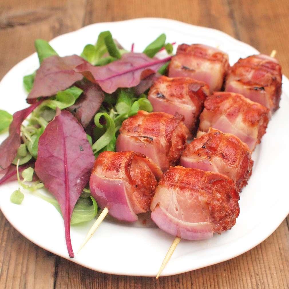 Zobrazit Grilované masové kuličky se slaninou receptů