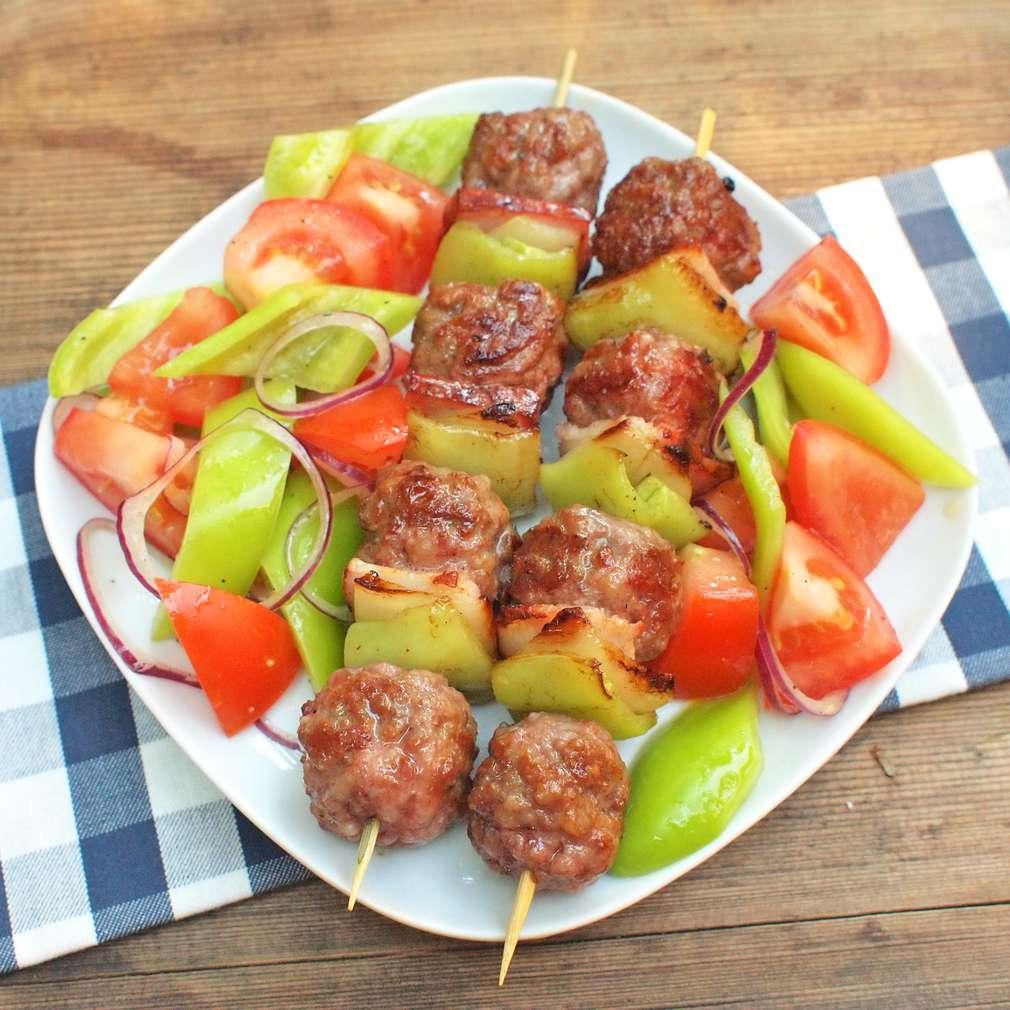 Zobrazit Ražniči z mletého masa receptů