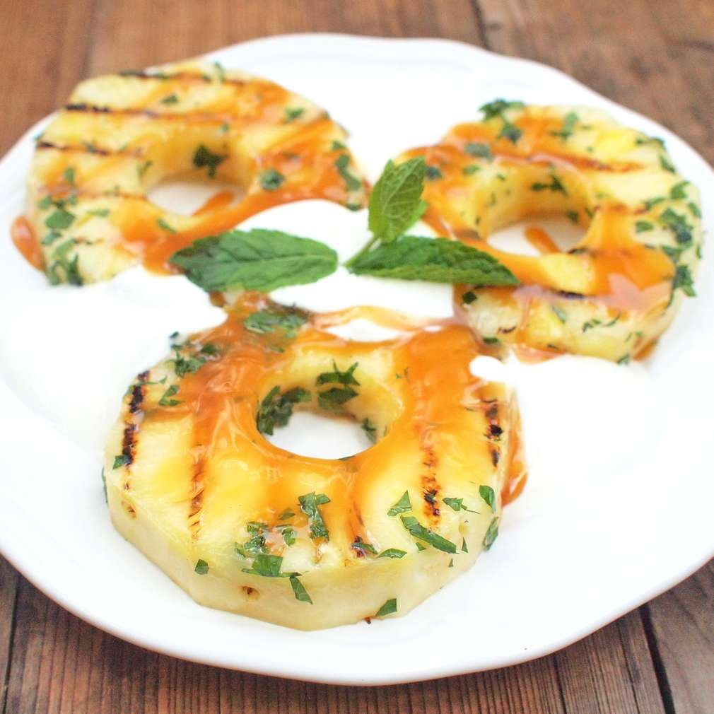 Zobrazit Marinovaný ananas na grilu receptů