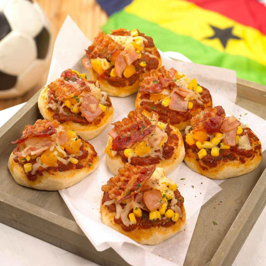 "Abbildung des Rezepts Halbzeit-Pizzen ""Johannesburg"""