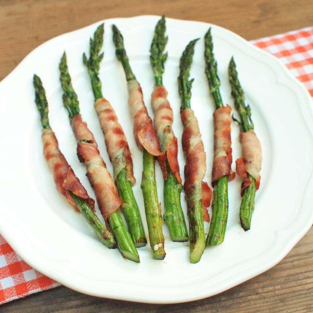 Zobrazit Grilovaný chřest se slaninou receptů