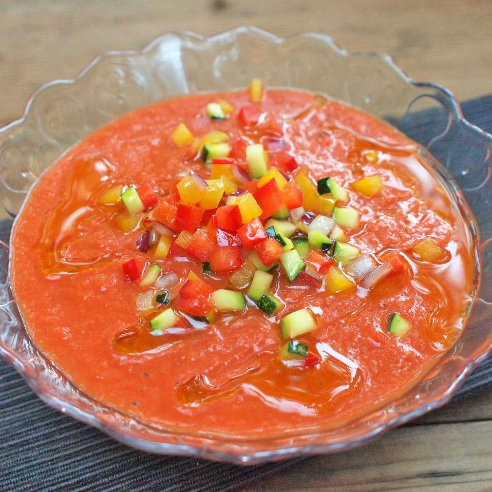 Zobrazit Gazpacho z grilované zeleniny receptů