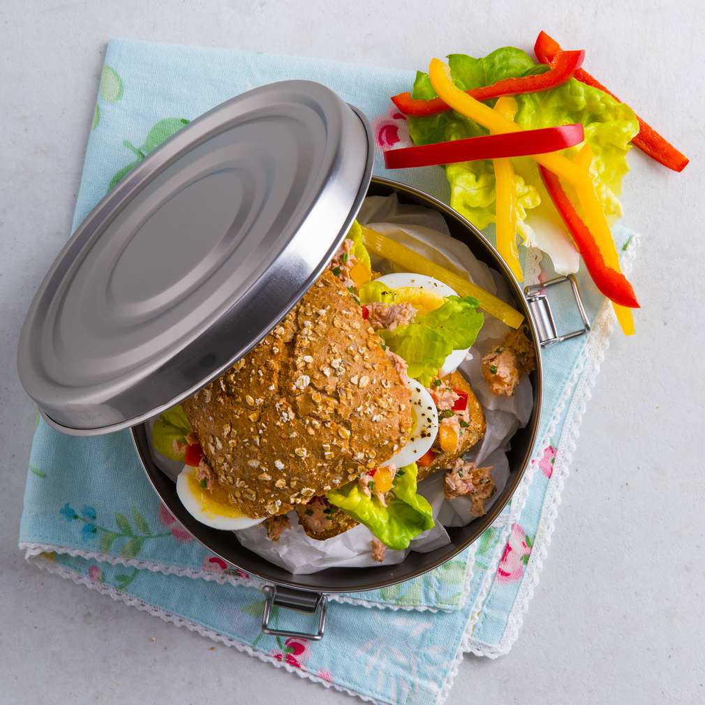 Zobrazit Tuňákový sendvič s vejci receptů