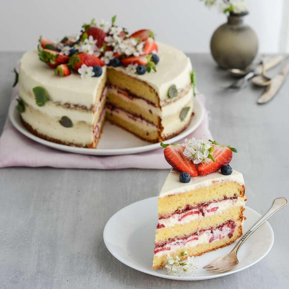 Zobrazenie receptu Vanilková torta s jahodami a mascarpone