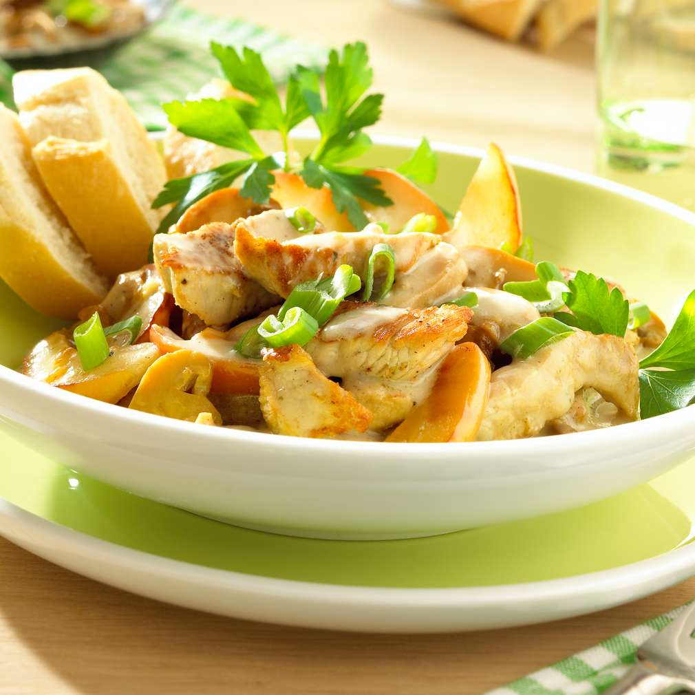 Imaginea rețetei Escalop din carne de porc cu ciuperci (Geschnetzeltes)