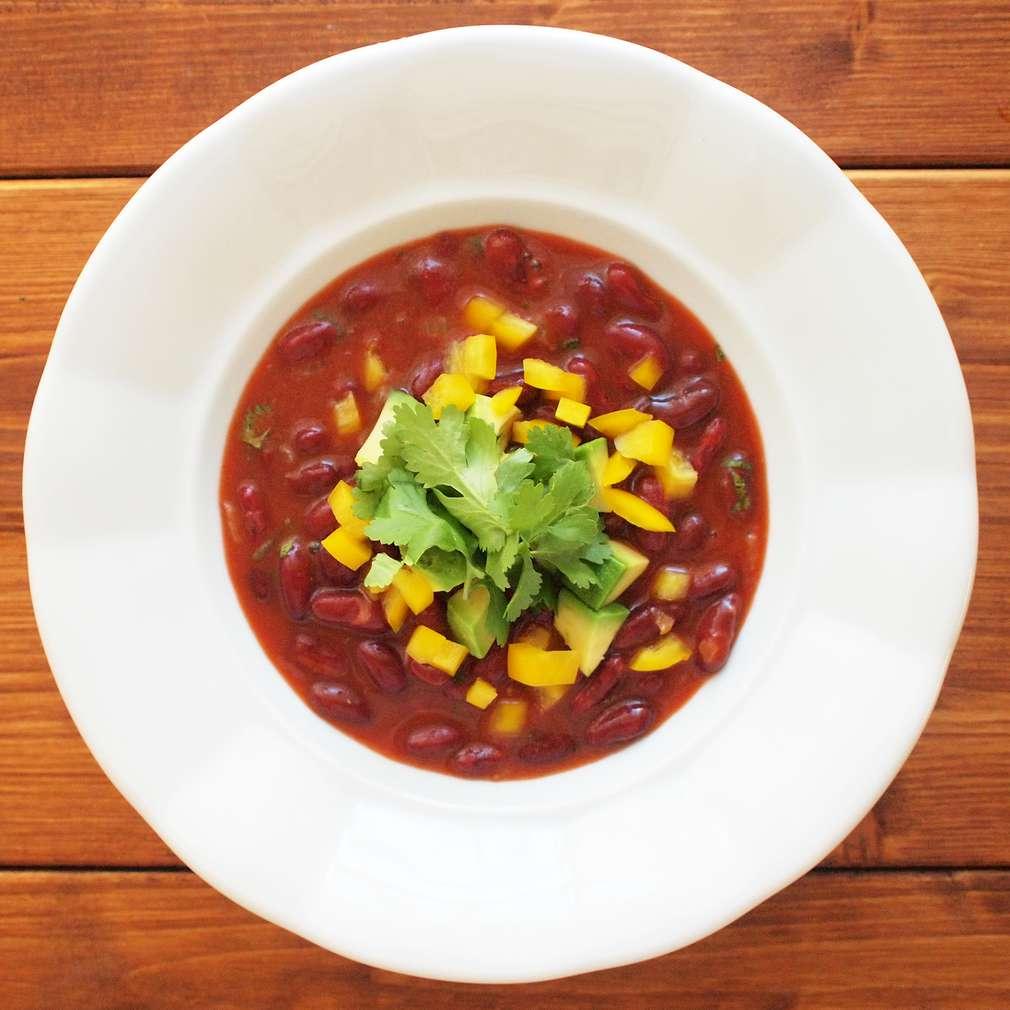 Zobrazit Fazolová polévka s avokádem receptů