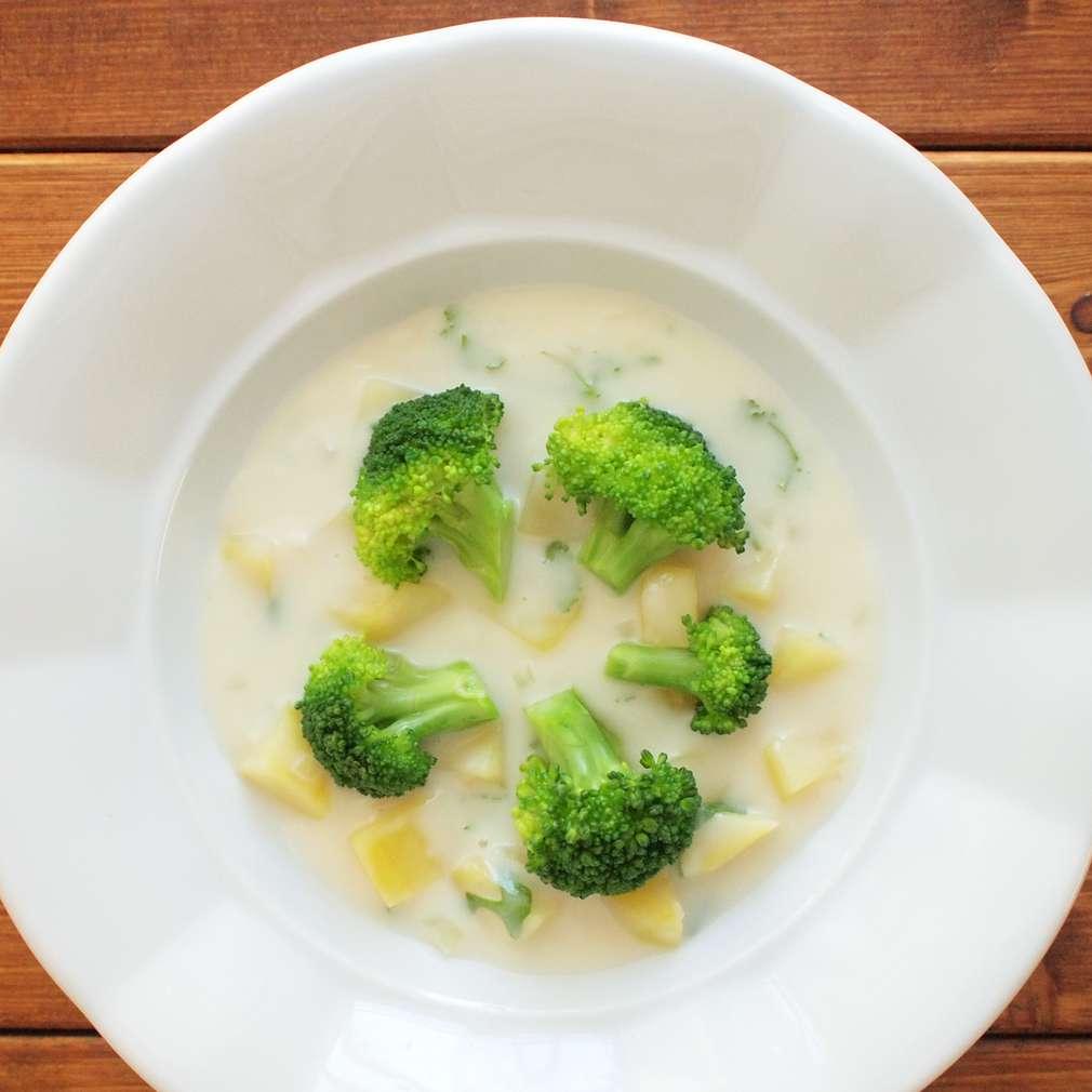 Zobrazit Krémová polévka s brokolicí receptů