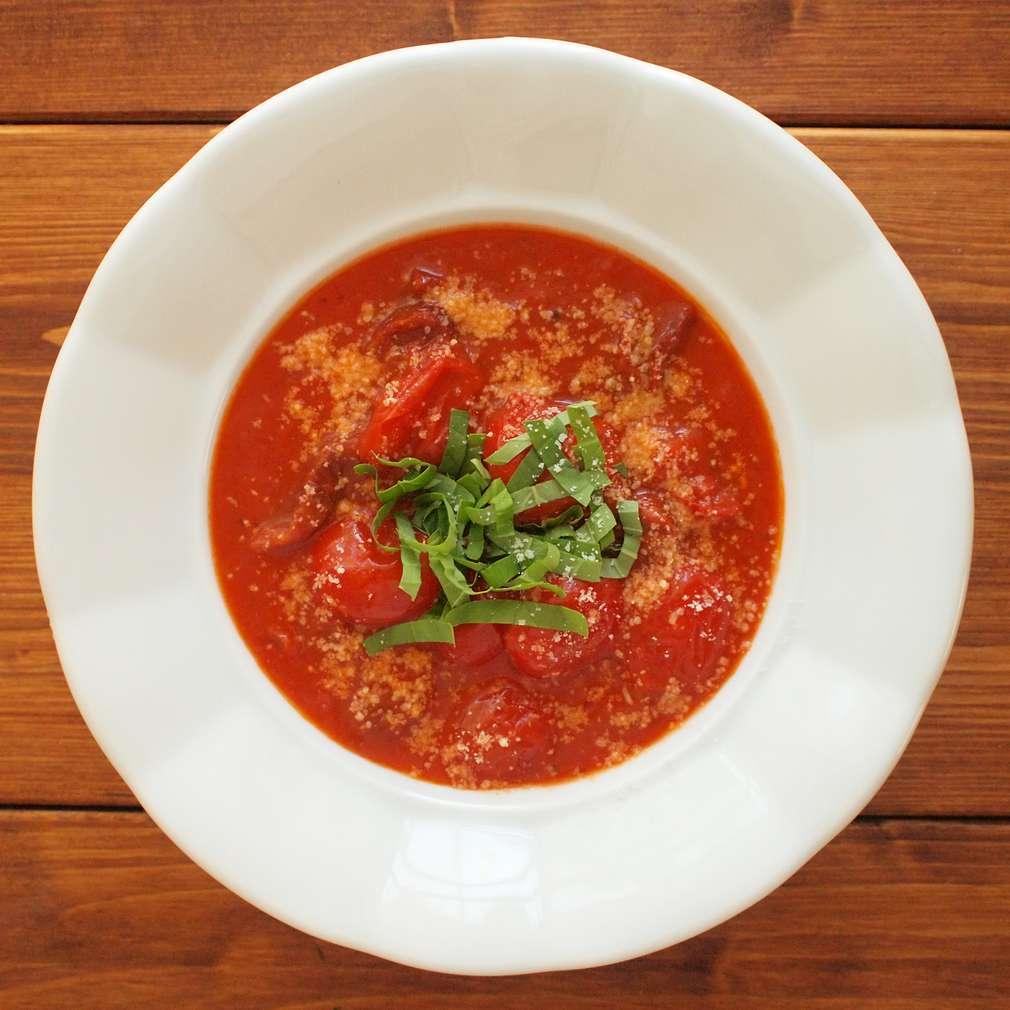 Zobrazit Rajská polévka se sušenými rajčaty receptů