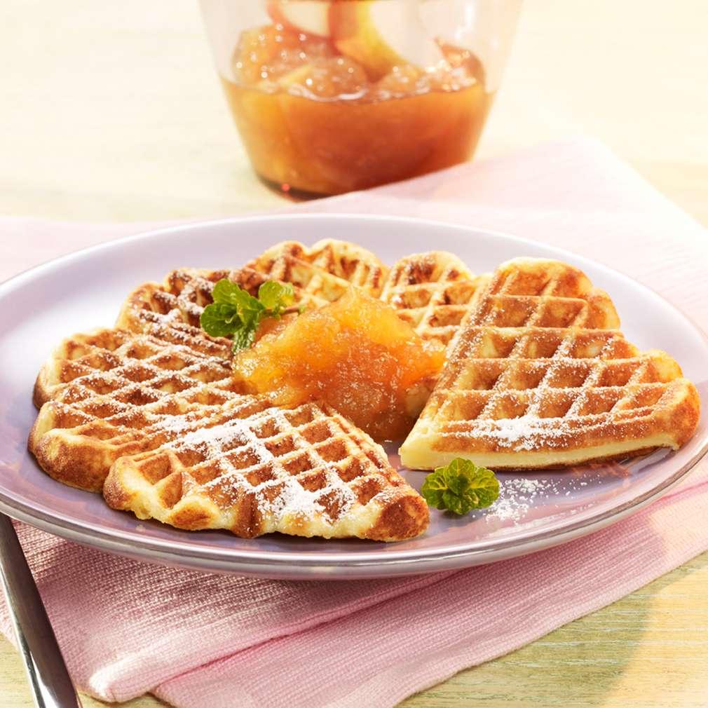 Zobrazit Bramborové vafle s jablečným a hruškovým pyré receptů