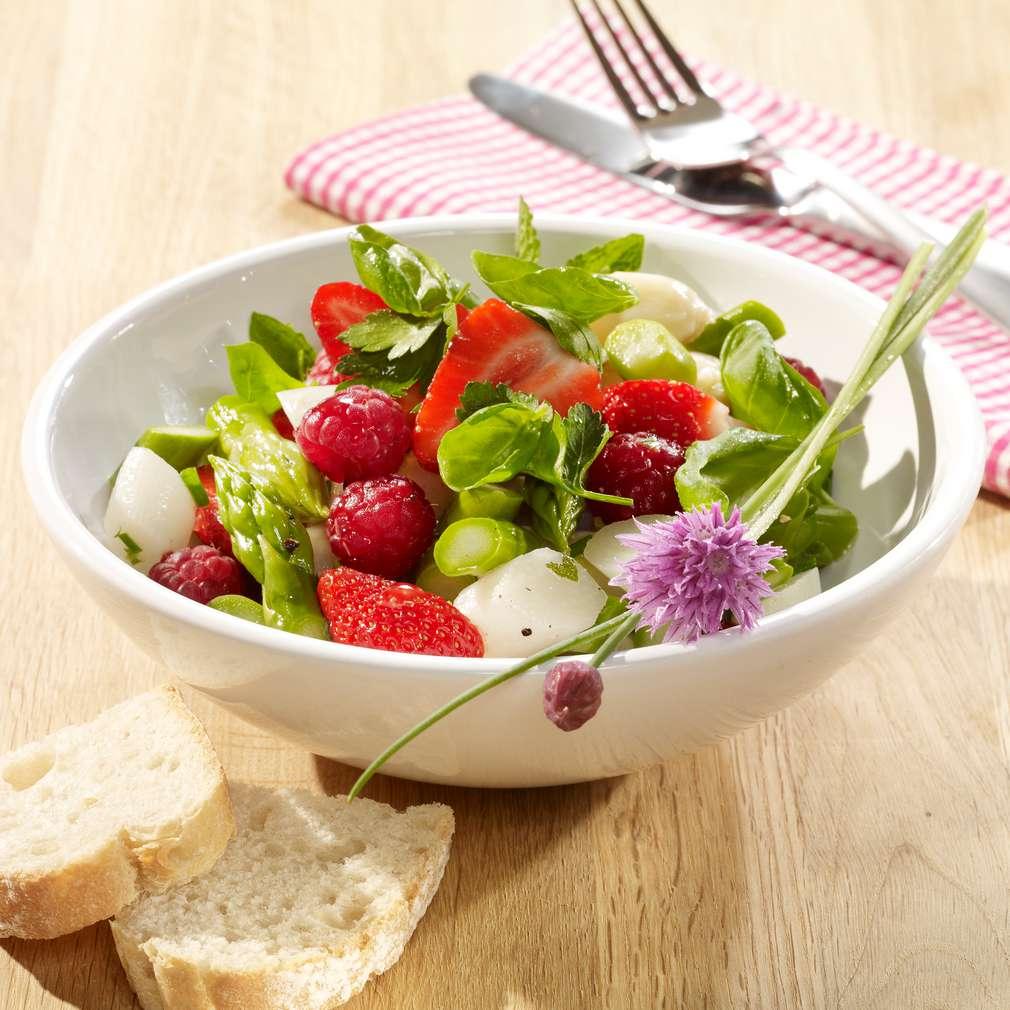 Abbildung des Rezepts Spargelsalat mit Obst