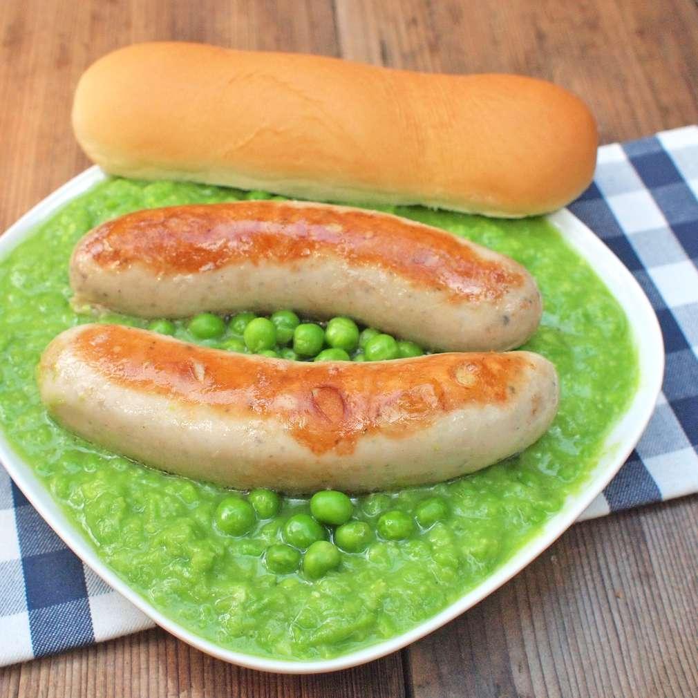 Zobrazit Klobásky se zeleným hráškem receptů