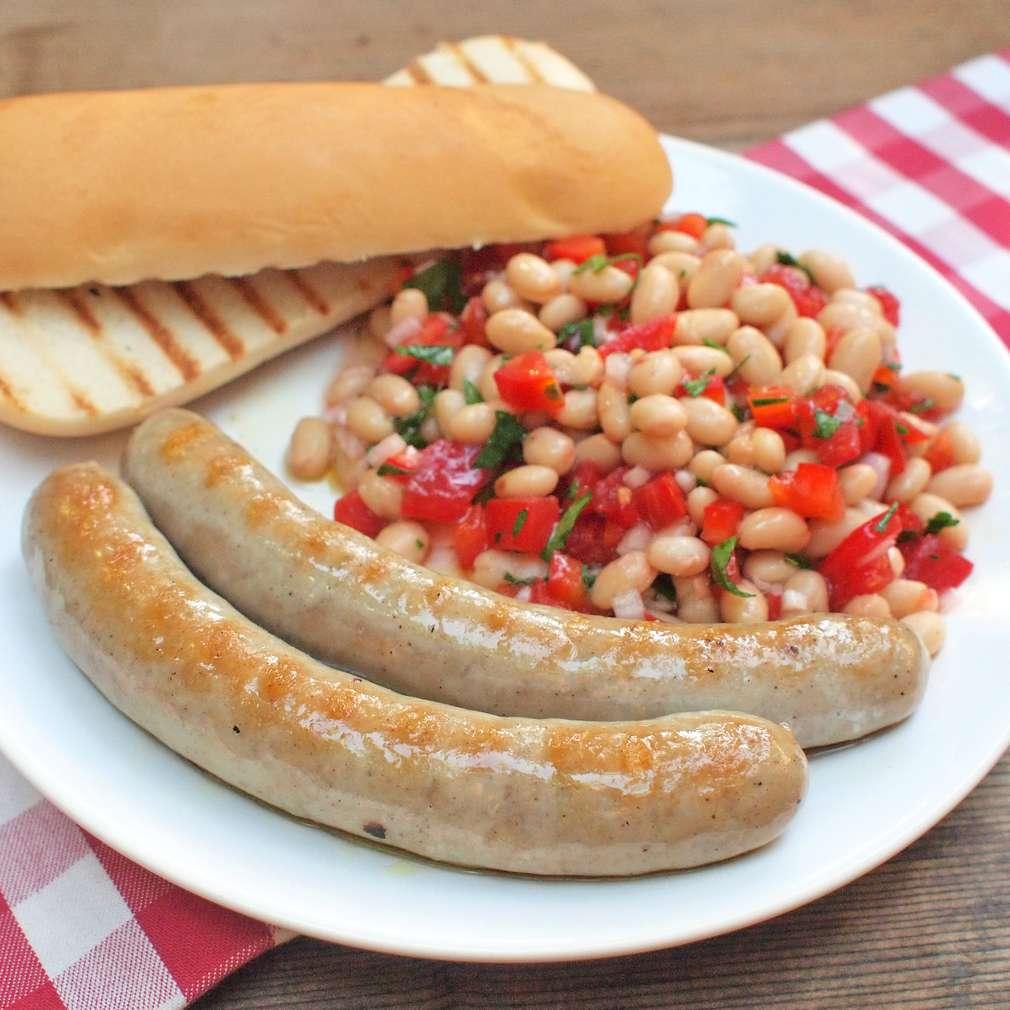 Zobrazit Grilovaná klobáska s fazolovým salátem receptů