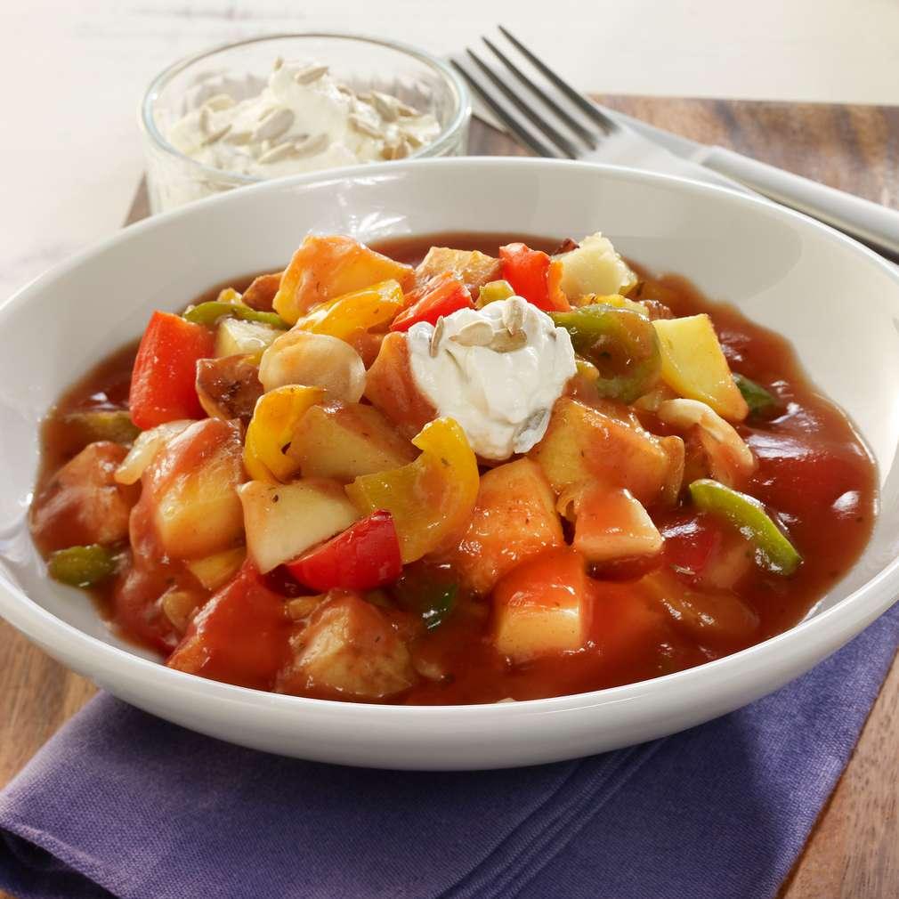 Zobrazit Vegetariánský bramborový guláš s paprikou receptů