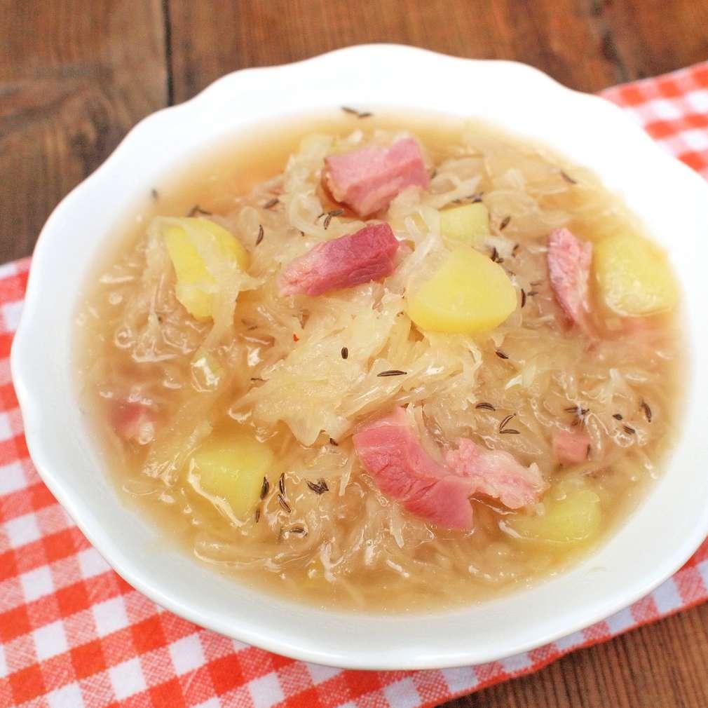 Zobrazit Polévka z uzených žeber se zelím receptů