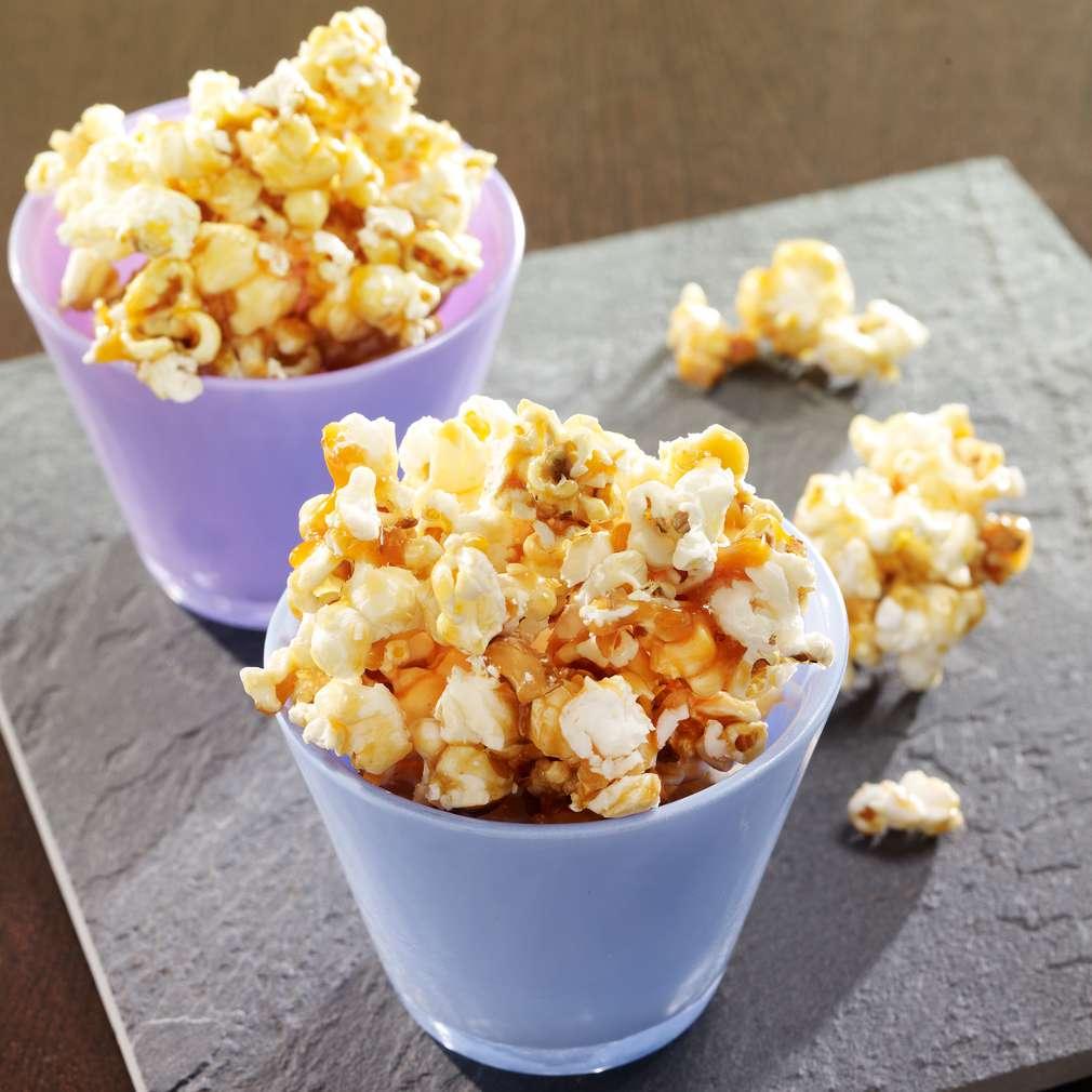 Abbildung des Rezepts Karamellisiertes Popcorn mit Nüssen