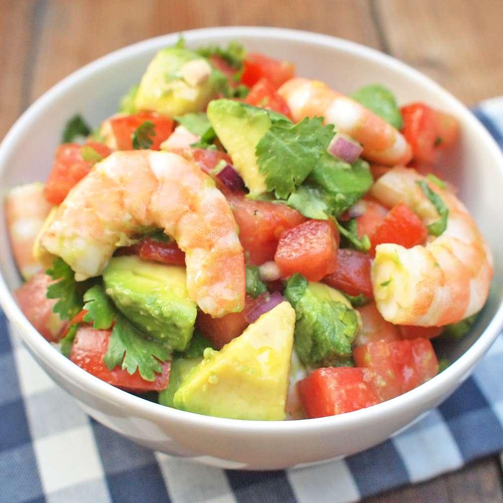 Zobrazit Krevetový salát s avokádem receptů