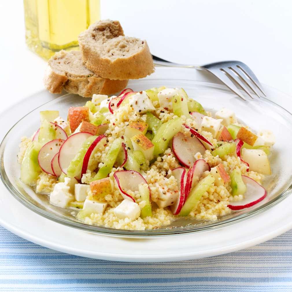 Zobrazit Jáhlový salát s ředkvičkami a feta sýrem receptů