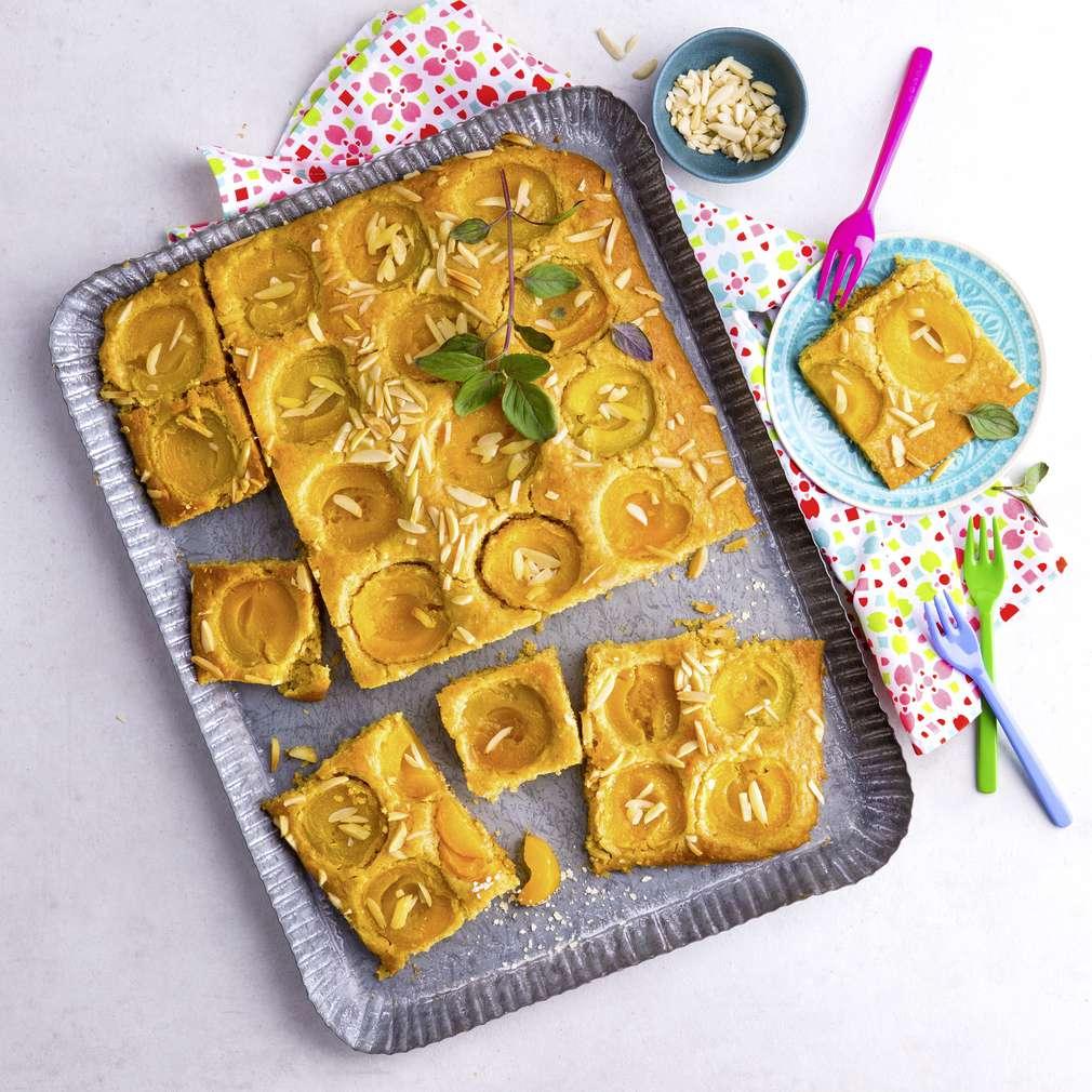 Abbildung des Rezepts Veganer Aprikosenkuchen vom Blech