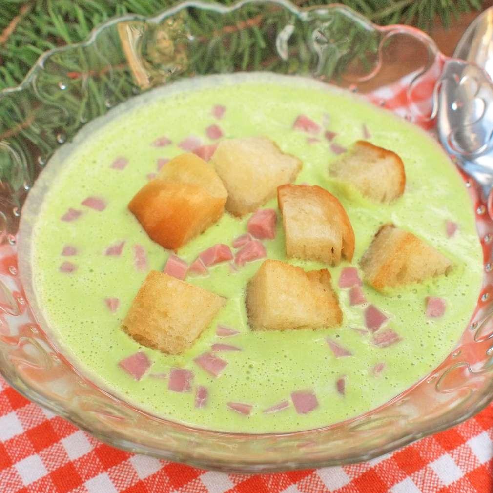 Zobrazit Hráškový krém s uzeným masem receptů