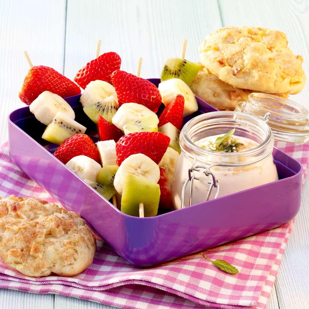 Zobrazit Jablečné sušenky s ovocnými špízy receptů